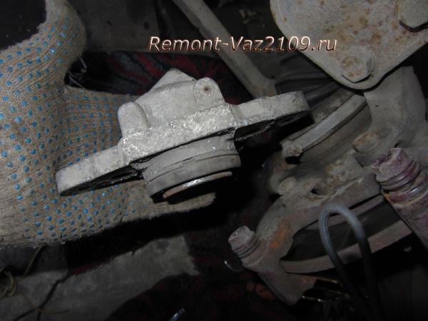 замена переднего тормозного цилиндра на ВАЗ 2109-2108