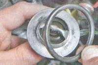 Термостат Лада Ларгус (снятие и установка)