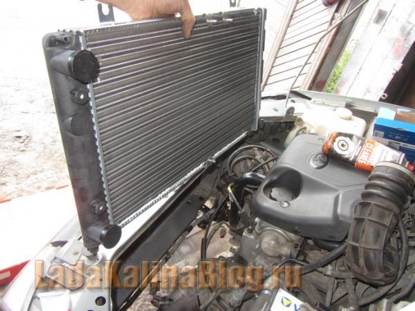 замена радиатора охлаждения двигателя на Калине