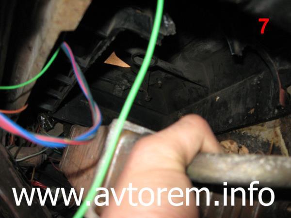 Снимаем радиатор отопителя с автомобиля ВАЗ