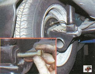 Замена заднего амортизатора и пружины задней подвески Лада Калина Раздел 6. Ходовая часть автомобиля Лада Калина / Lada Kalina (