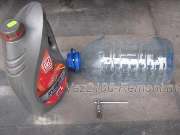 что нужно для замены масла в двигателе ВАЗ 2106