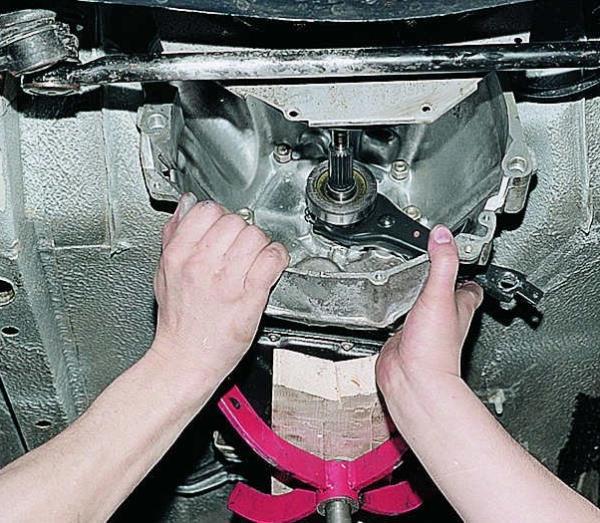 Подпорка упором двигателя Лада Гранта (ВАЗ 2190)