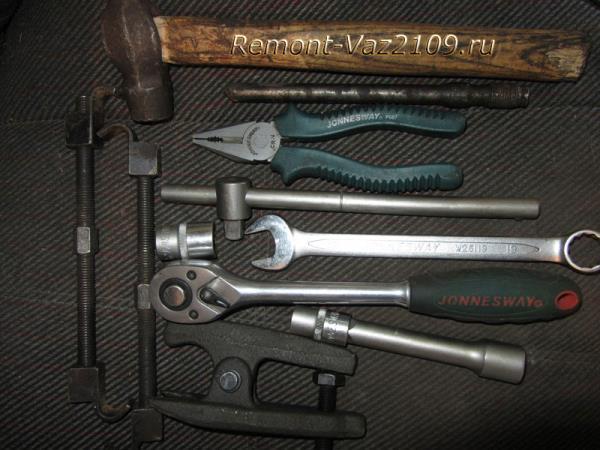 инструмент для замены передних стоек, опор и подшипников на ВАЗ 2109-2108