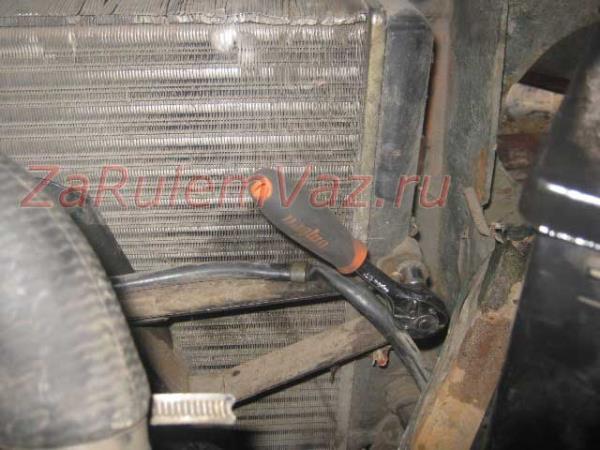 крепление вентилятора ВАЗ 2107 к радиатору
