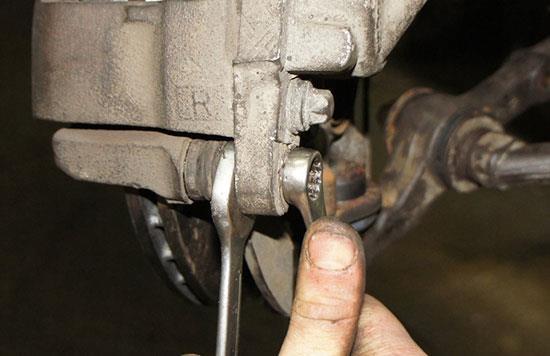 Самостоятельная замена тормозных колодок ВАЗ 2115