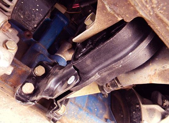 Замена подушки двигателя на ВАЗ 2114-2115 своими руками