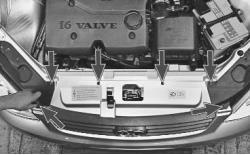 snjatie-zamena-ustanovka-radiatora-sistemy-okhlazhdenija-lada-priora 10