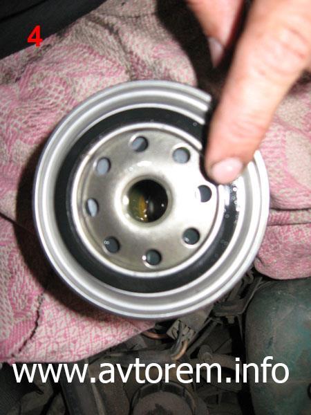 Замена моторного масла и масляного фильтра в двигателе автомобиля ВАЗ-2101, ВАЗ-2102, ВАЗ-2103, ВАЗ-2105, ВАЗ-2106, ВАЗ-2107, Жигули, Классика