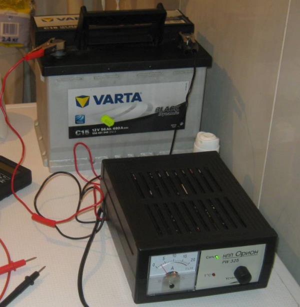 Зарядка стационарным зарядным устройством аккумуляторной батареи Lada Largus