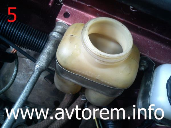 бачок главного тормозного цилиндра ваз