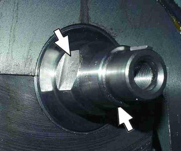 Лыски на коленчатом валу под ведущую шестерню масляного насоса Лада Гранта (ВАЗ 2190)