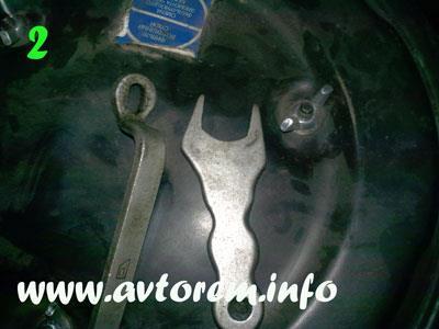 Ключ для фиксации штока переднего амортизатора ВАЗ