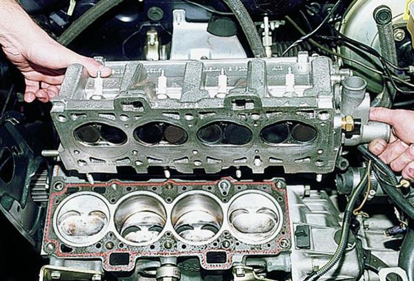 Замена прокладки гбц ВАЗ 21124 16 клапанов