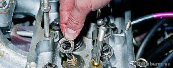 замена маслосъемных колпачков автомобиля ВАЗ 2114 своими руками