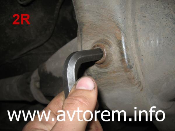 меняем трансмиссионное масло в редукторе заднего моста ВАЗ-2101, ВАЗ-2102, ВАЗ-2104, ВАЗ-2105, ВАЗ-2106, ВАЗ-2107, Жигули