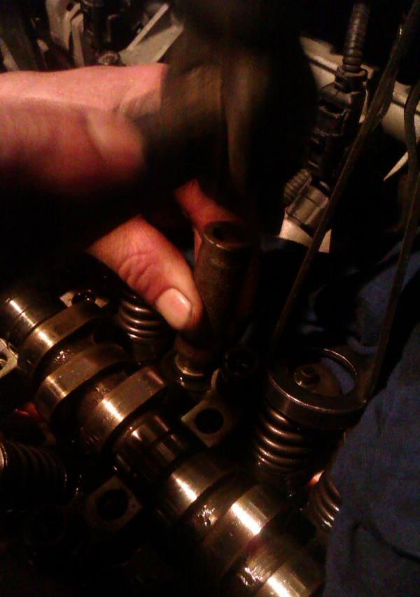 Замена маслосъёмных колпачков - бортжурнал Hyundai Getz HPS 2005 года на DRIVE2