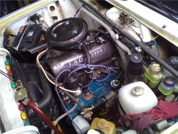 Моторное отделение ВАЗ 2106