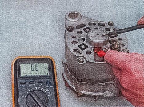 snjatie-proverka-remont-zamena-ustanovka-generatora-peremennogo-toka-vaz-classic 16