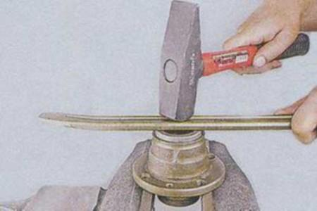 Запрессовываем сальник в ступицу на ВАЗ 2101, 2102, 2103, 2104, 2105, 2106, 2107