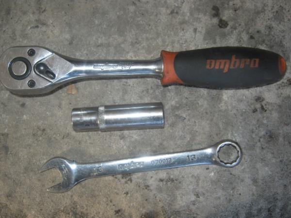 инструмент для замены штанов на ВАЗ 2107