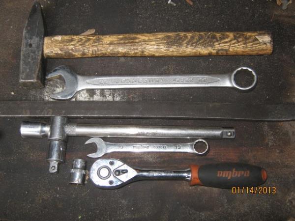 инструмент для замены шаровых опор на ВАЗ 2107-2105