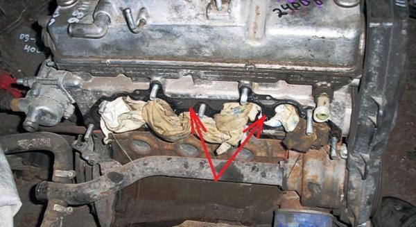 Фланец головки блока цилиндров 8-клапанного двигателя Лада Гранта (ВАЗ 2190)