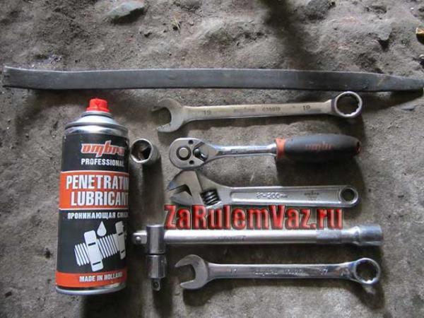 инструмент для замены задних стоек на ВАЗ 2114