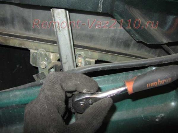 болты крепления стекла на ВАЗ 2110-2112