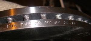 На фото - исходная и минимальная толщина тормозного диска, drive2.ru
