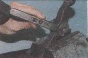 Zamena-sajlent-blokov-perednej-podveski 25