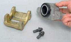 Детали скобы переднего суппорта Лада Гранта (ВАЗ 2190)
