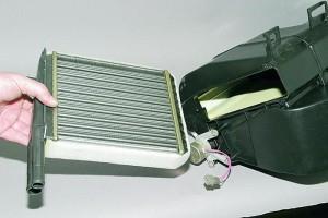 Замена радиатора отопителя нового образца