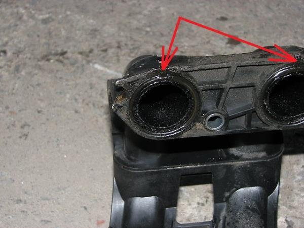 Размещение уплотнительных колец впускных каналов двигателя ВАЗ-21126 Лада Гранта (ВАЗ 2190)
