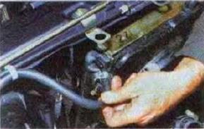 Zamena-radiatora-sistemy-okhlazhdenija-dvigatelja 18