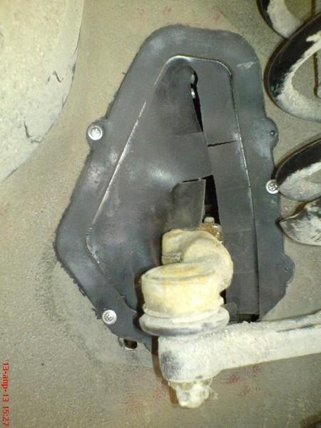 Об установке заглушек проемов рулевых тяг Лады Гранта