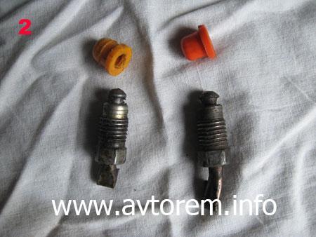 Приспособления для замены главного тормозного цилиндра на автомобиле ВАЗ 2108, ВАЗ 2109, ВАЗ 21099, ВАЗ 2110, ВАЗ 2113, ВАЗ 2114, ВАЗ 2115