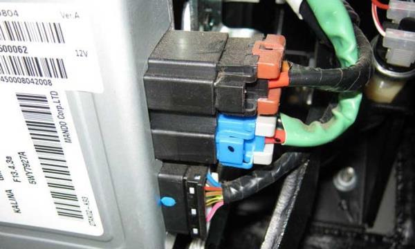 Колодки проводов управления электроусилителем рулевого управления Лада Гранта (ВАЗ 2190)