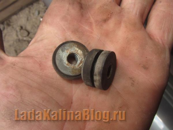 уплотнители шпилек крепления радиатора на Калине