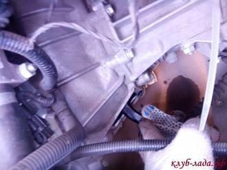 Почему скрипит педаль сцепления Lada Granta