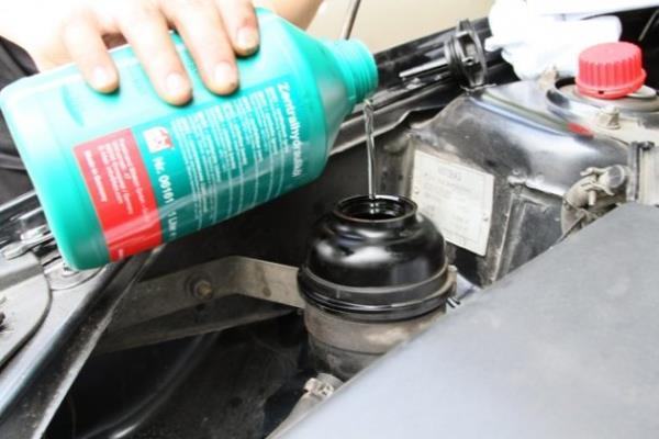 Замена жидкости в гидроусилителе руля на ВАЗ