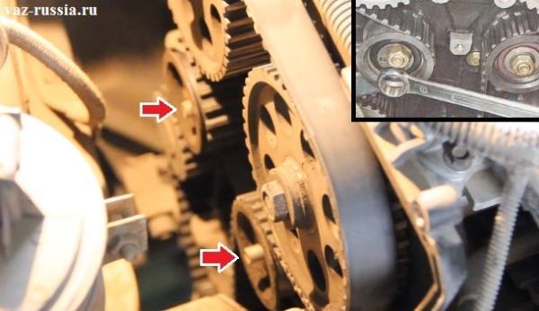 Ослабление гаек крепления роликов и поворачивание их, для того, чтобы ремень ГРМ можно было снять со шкивов и роликов