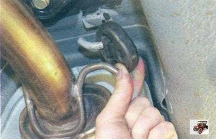 Замена дополнительного глушителя Лада Калина Раздел 4. Двигатель автомобиля Лада Калина / Lada Kalina (ВАЗ 1118)