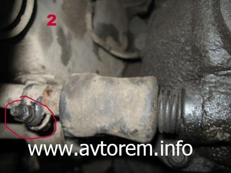 замена стандартного карданчика кулисы КПП на короткоходный карданчик от Калины на автомобилях ВАЗ-2108, ВАЗ-2109, ВАЗ-21099, ВАЗ-2110