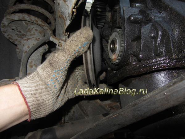 как снять шкив генератора с коленвала на Калине