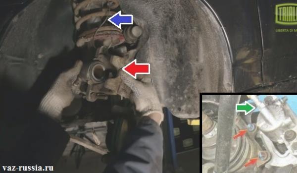 Снятие тормозного суппорта и подвешивание его за проволоку