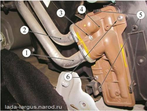 Радиатор системы отопления Lada Largus