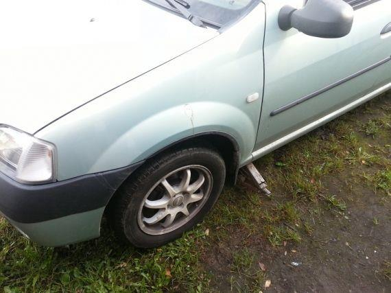 Замена стоек стабилизатора на Renault Logan. Французские расходники