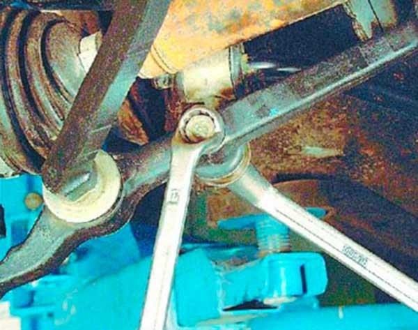 Замена нижнего рычага ВАЗ 2101