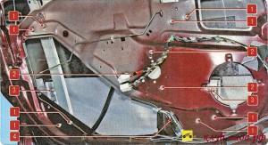 1. гайка крепления направляющей стекла; 2. гайка крепления моторедуктора; 3. болт держателя стекла; 4. колодка с проводами электропривода.